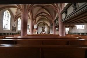 die leere Sr.-Egidien-Kirche